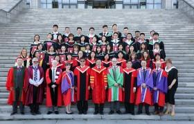 中国新一代的医药领军人物今日毕业